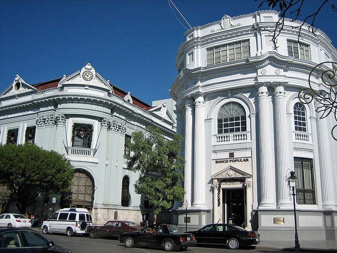 Plaza de Ponce - context