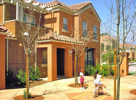 villa de norte courtyard
